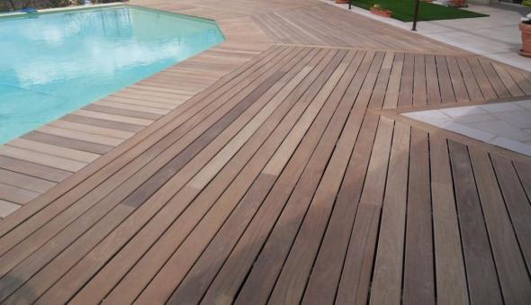 de terrasse lames de terrasse en bois exotique naturellement durable